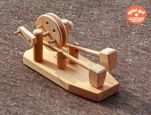 Wie beim Schmied: Das Hammerwerk von Spielzeug Kraul