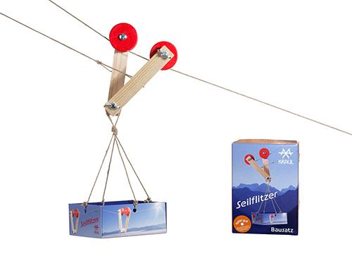 Der Seilflitzer von Spielzeug Kraul ist für Kinder ab 5 Jahren