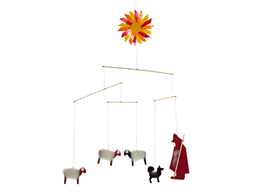 Das Mobile Schäfer mit Sonne von Spielzeug Kraul bezaubert Kleinkinder