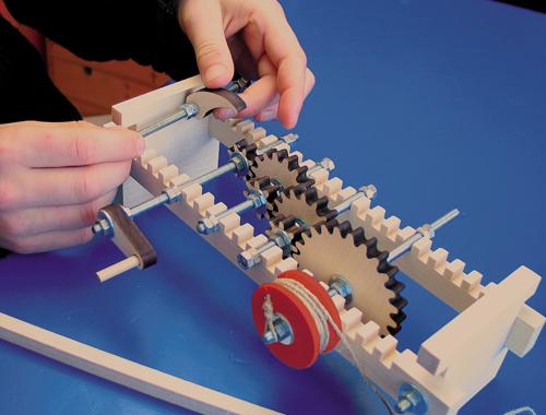 experimentieren spielen erleben: Zahnräder für Kinder ab 12 Jahre